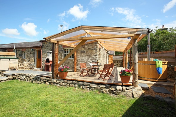 Cart Cottage with BBQ and hot tub