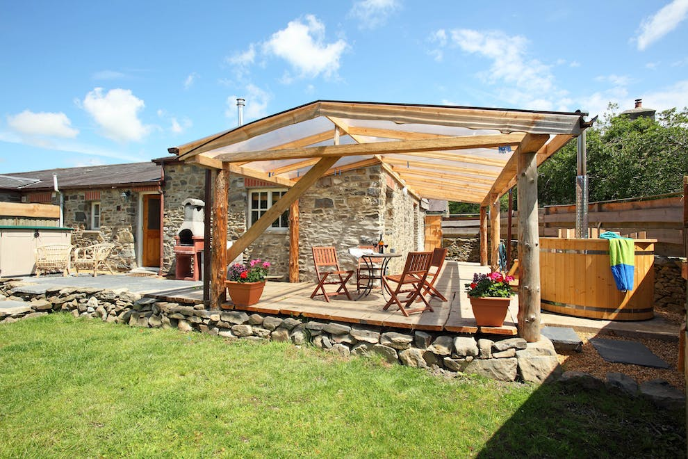 Cart Cottage Dog Friendly Cottage With Hot Tub Near