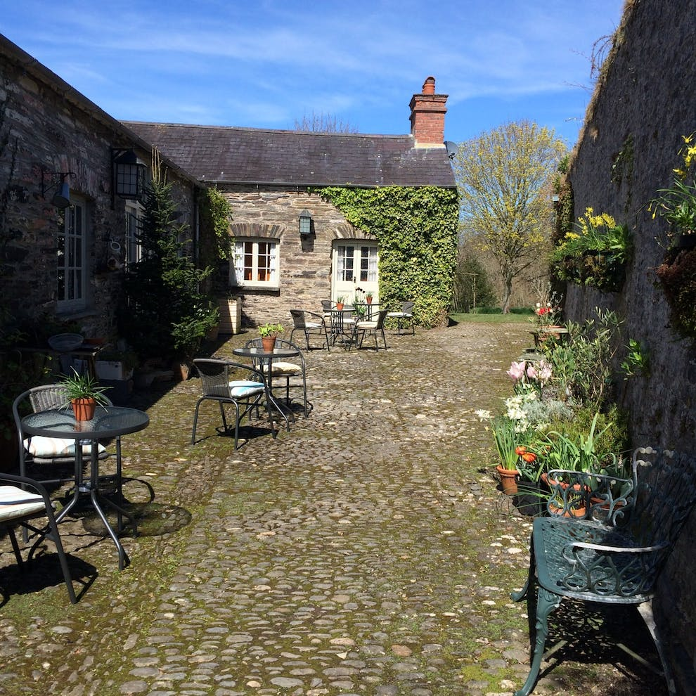 The Stables Dog Friendly Cottage Near Cardigan West
