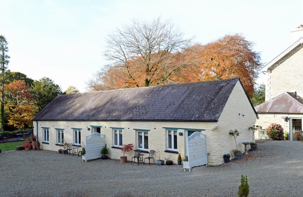 Swallow cottage pet friendly luxury cottage for 2 at for Premium holiday cottages