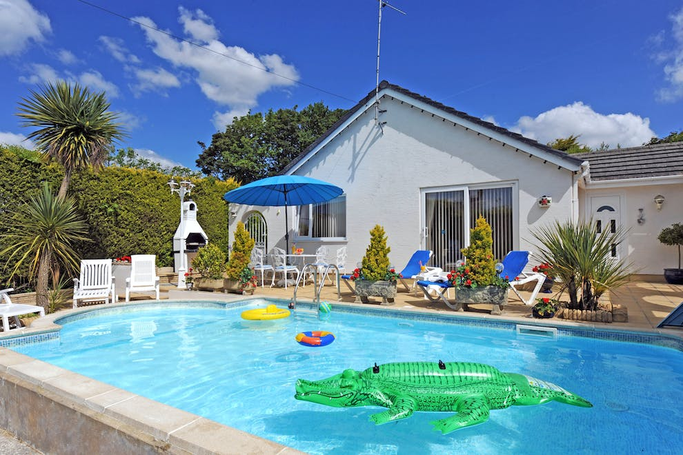 Shalom Family Friendly Holiday Cottage Near Kilgetty With Swimming Pool West Wales Holiday