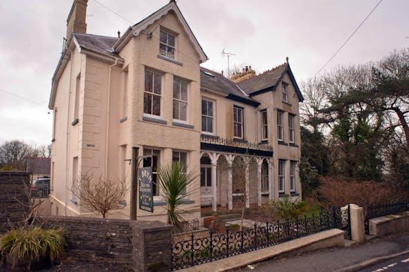 Y Bryn House