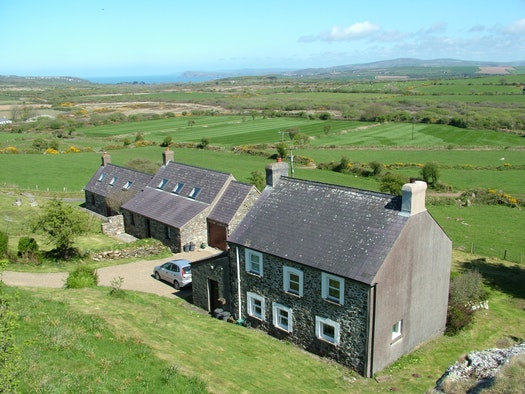 The outside of Garnllys Farmhouse