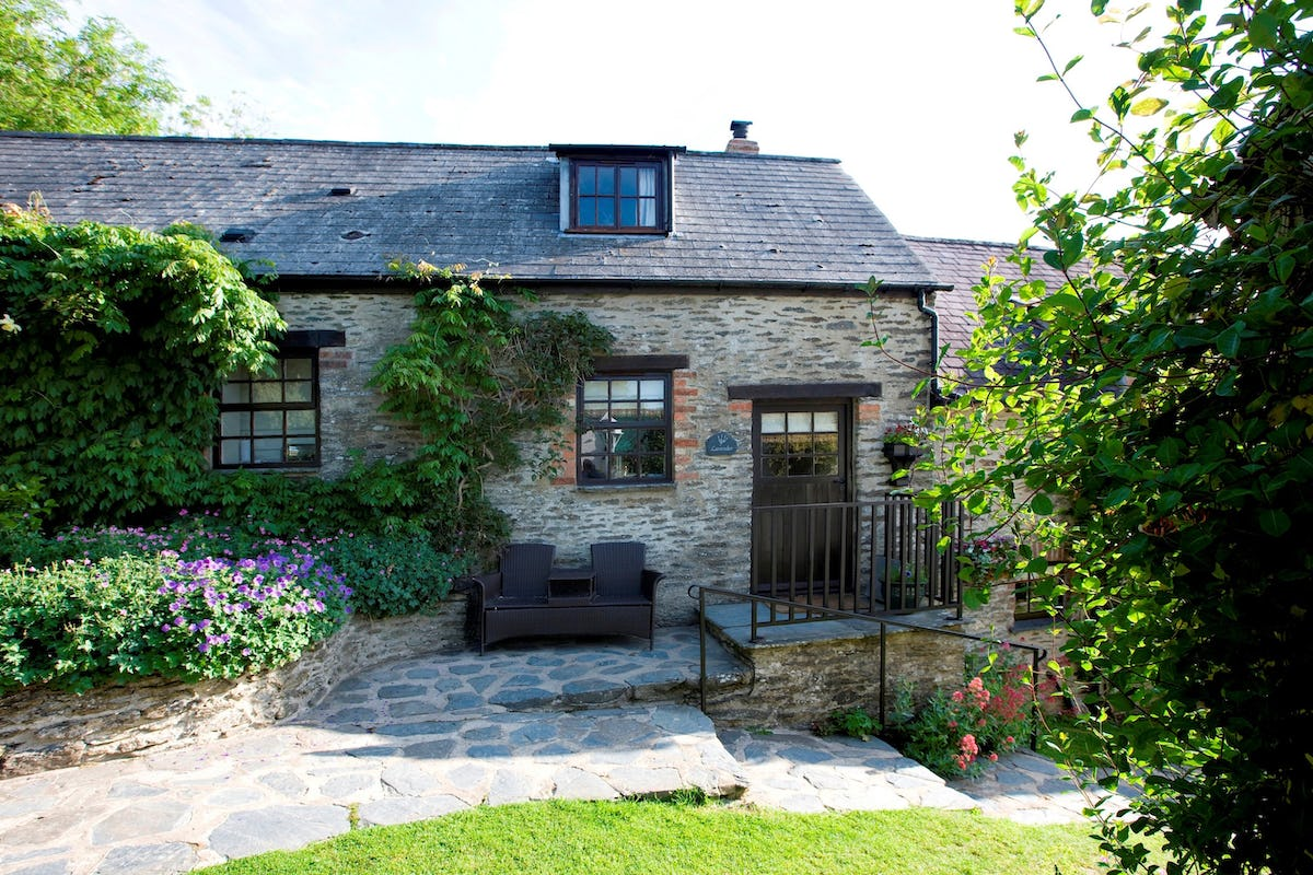 Lavender Cottage Luxury Holiday Cottage In Lancych Boncath Near Newcastle Emlyn Sleeps 2