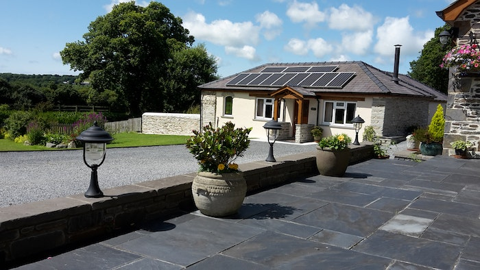 Cothi Cottage, single storey cottage with driveway at the front