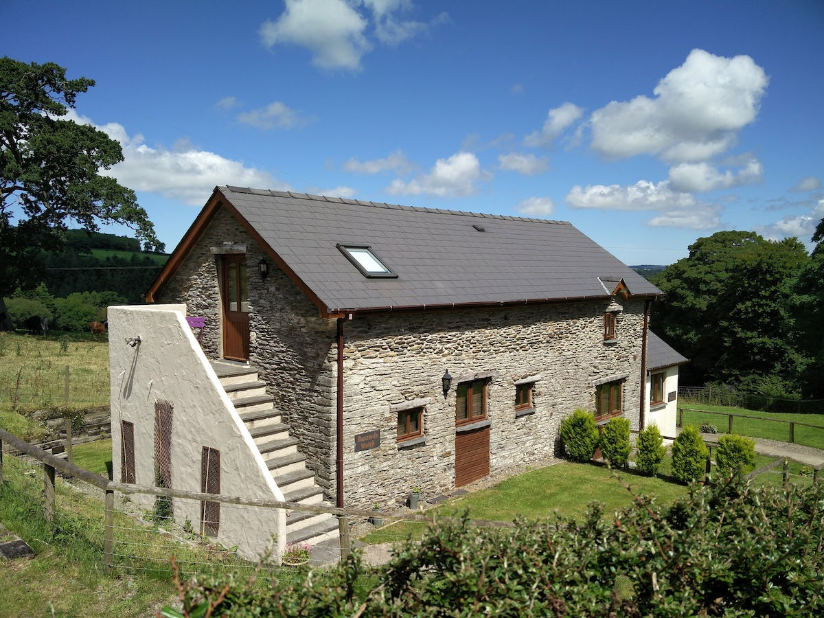 Buzzards Watch Cosy Cottage For 2 At Valley View