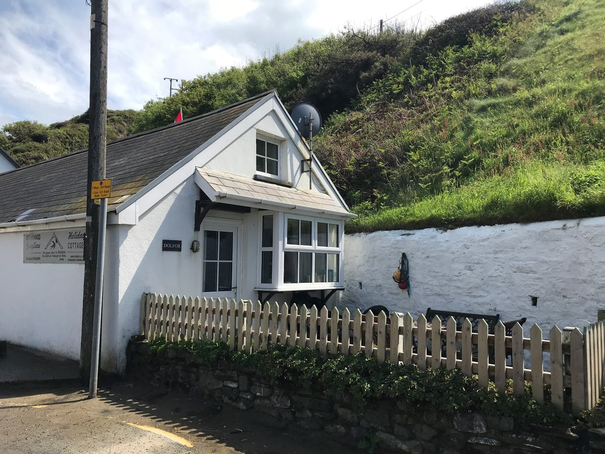 North Wales Cottage Beach Dog Friendly Enclosed