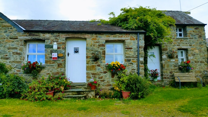 Front of Badger Banc Cottage