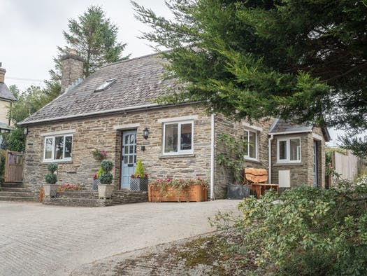 Front of Cowslip Cottage