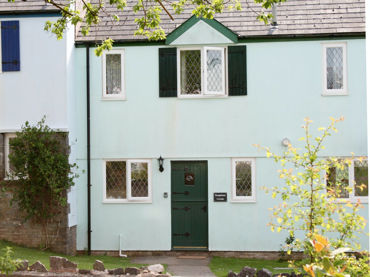 Ploughmans cottage dog friendly holiday cottage with - Pet friendly cottages with swimming pool ...