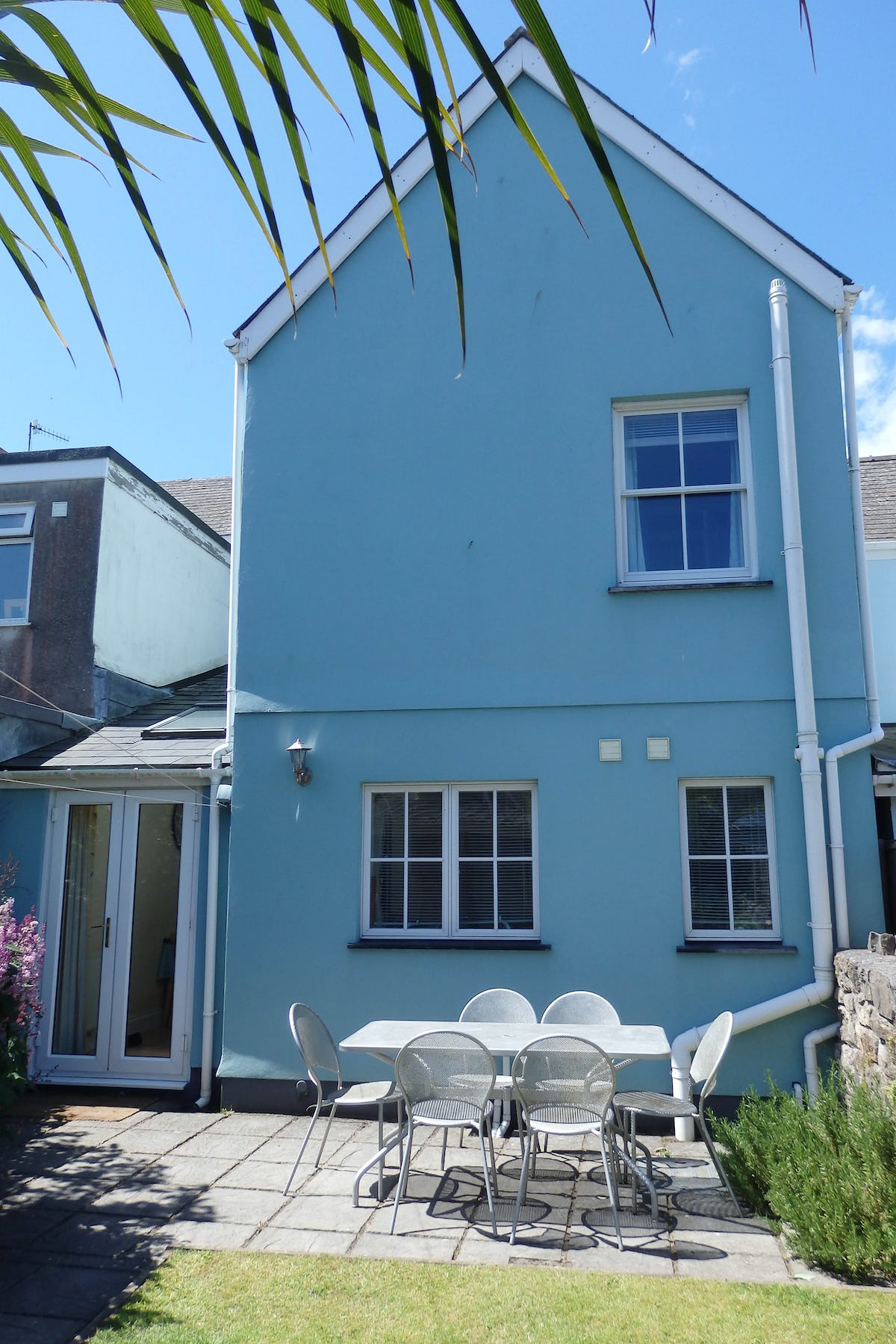 Bike Washing Machine >> South Seas - family friendly holiday cottage in Tenby ...